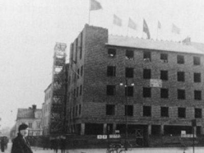 Tempel Linköping RT St Laurentius Historik Nya Huset Vid Tanneforstorget